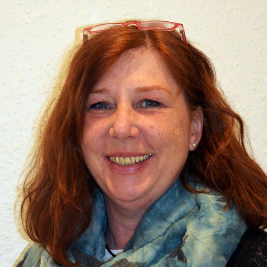 Frau Martina Schmidt